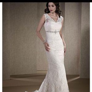 Kenneth Winston NEVER WORN wedding dress